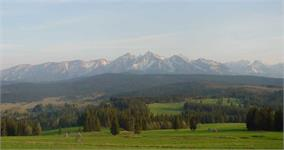 As we drove arround the area, I stopped a couple of times to enjoy the views of the mountains.